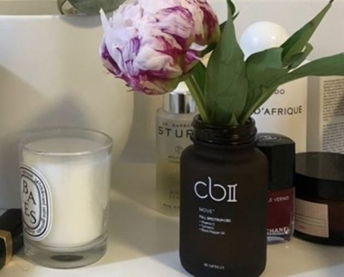Reuse CBII capsule jars by Libby N